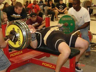 Mike Westerdal bench pressing